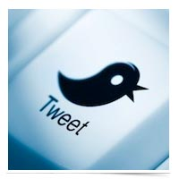Image of Twitter logo on a keyboard button.